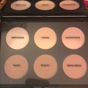 SOLD!!  MAC Brand New sculpt and shape